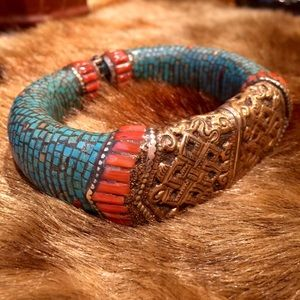 Jewelry - Tibetan Inspired Hinged Bracelet